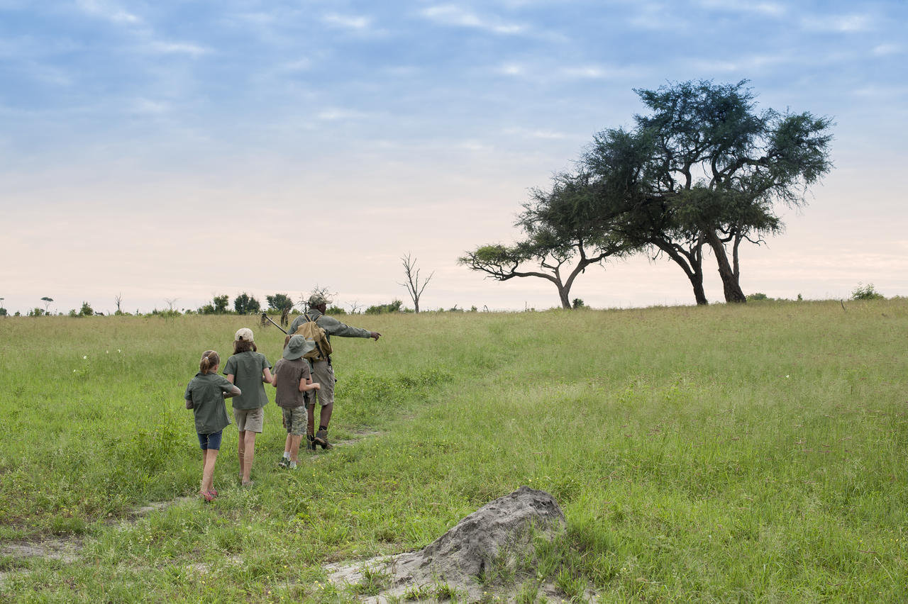 PRIVATE GUIDED ZIMBABWE & BOTSWANA