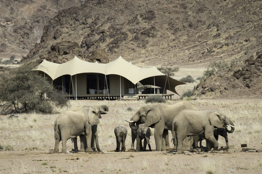 Hoanib Skeleton Coast Lodge - Namibia Desert Safari
