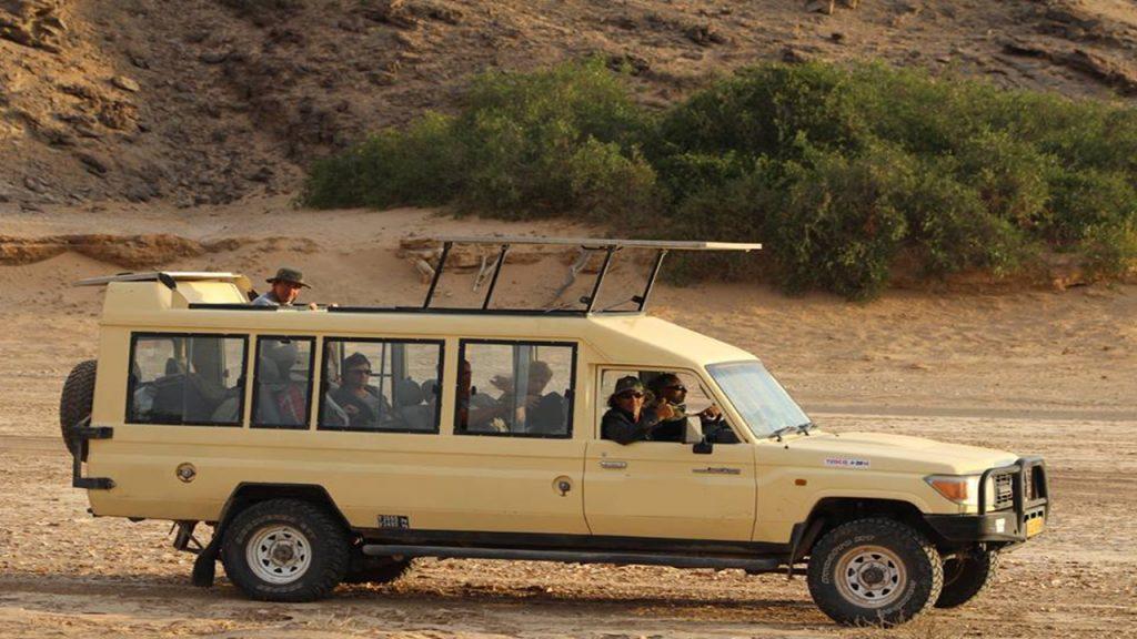 NAMIBIA & BOTSWANA LUXURY CAMPING SAFARI