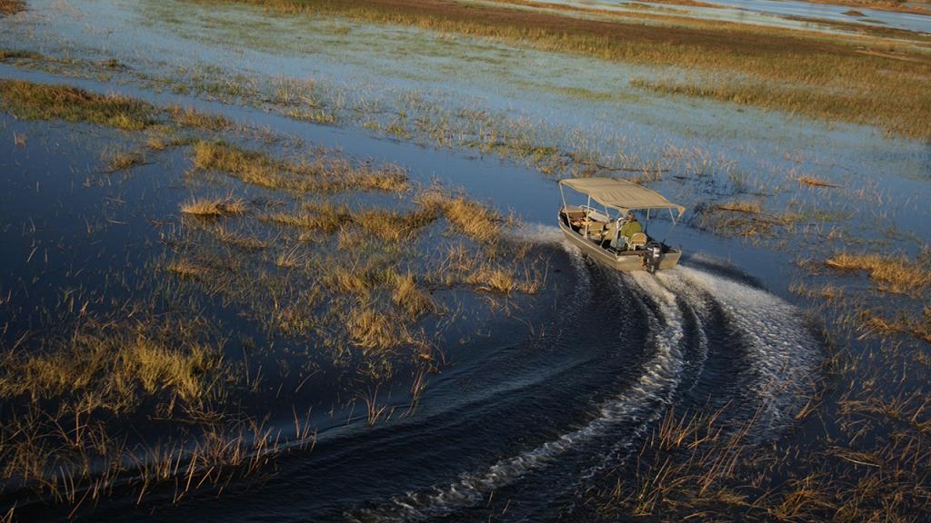 Botswana-Honeymoon-Safari---Okavango-Delta-motorboat-safari