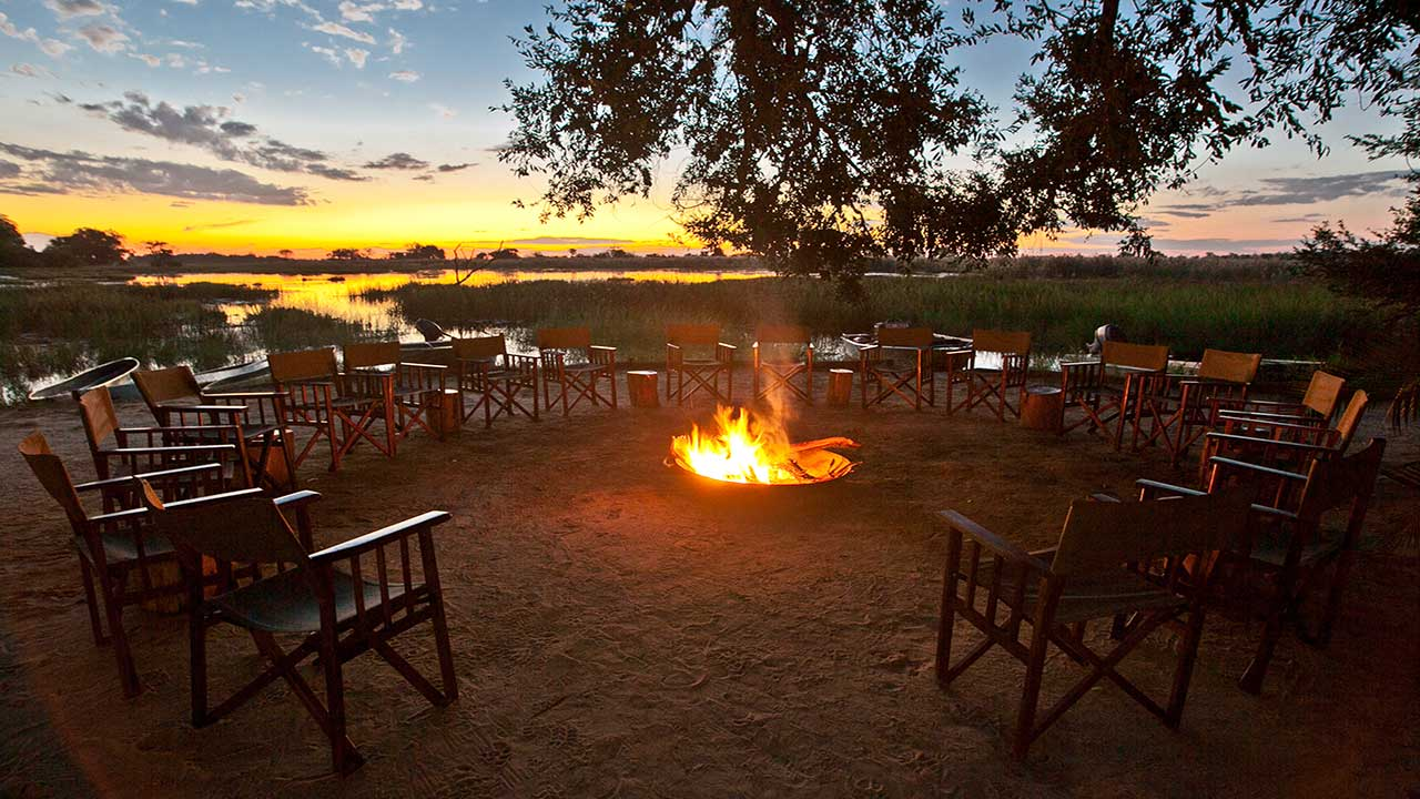 Pom-Pom-Camp-Sunset-Firepit